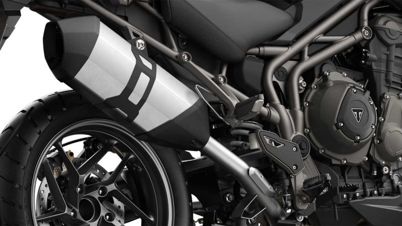 XR-T1200-New-Lighter-Exhaust—crop-into-exhaust-1410×793