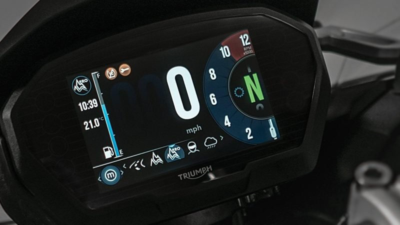 1200 Key Features – 1410×793 -Riding mode