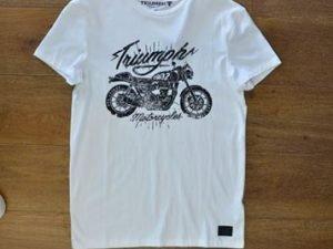 Camiseta Branca Triumph