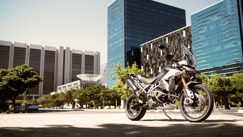 tiger-900-rally-pro-20MY-AZ4I3754-AB-3-rally-tech-story_1410x793
